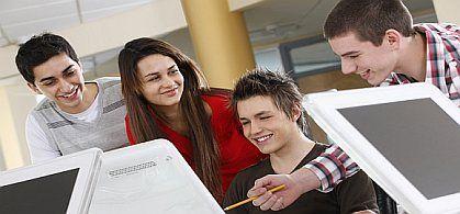 Učenje kao društvena aktivnost